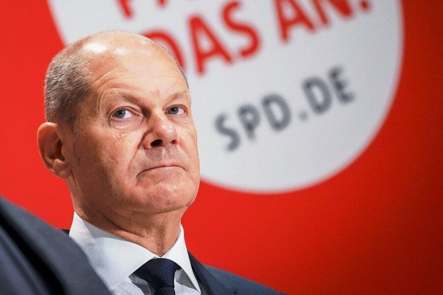 In den Tagen nach der Wahl blieb er weitgehend im Hintergrund. Doch sein Ziel, die Verhandlungen mit Grünen und FDP zum Erfolg zu führen, hat er fest im Blick. Scholz nimmt Kurs auf das Kanzleramt.