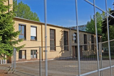 Schon am 31. März hat die Stadt verfügt, dass die Turnhalle nicht mehr genutzt werden darf. Erst jetzt haben Vereine davon erfahren.