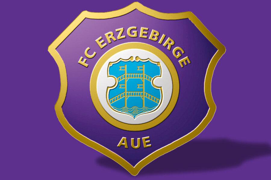 Erzgebirge Aue: Verträge von Testroet und Riese verlängert