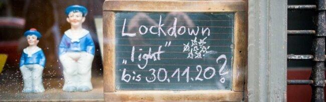 Gaststätten, Kinos, Bäder - seit Montag steht wegen des Teil-Lockdowns wieder vieles still.