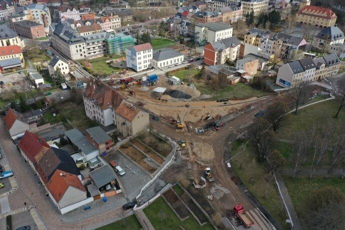 Baustelle am Gedächtnisplatz in Werdau bis zur Gneisenaustraße verlängert