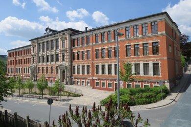 Das Gymnasium in Markneukirchen. Zurzeit sind drei Klassen in Quarantäne.