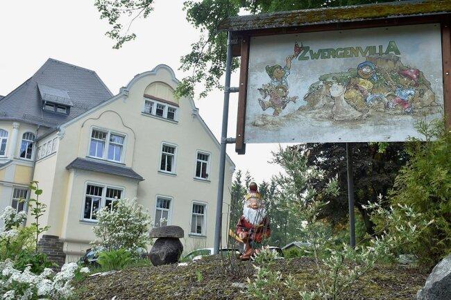 Für die Kindertagesstätte Zwergenvilla in Adorf ist ein neuer Anbau für die Krippe inklusive Turnhalle mit einem Verbindungsgang zum Hauptgebäude geplant.