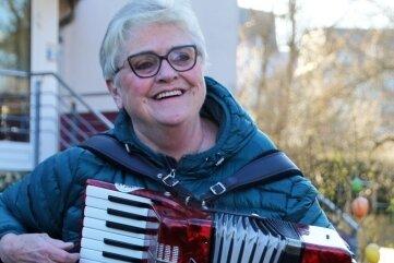 Heidi Hinkel.