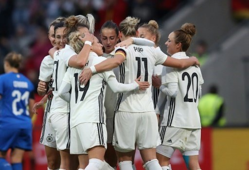 Kurz vor der WM: Die DFB-Frauen testen in Schweden