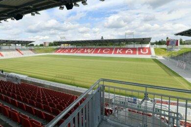 Der FSV Zwickau hat auf den jüngsten Anstieg der Corona-Zahlen im Landkreis reagiert. Der Vorverkauf für die beiden Heimspiele am 17. und 23. Oktober ist vorerst eingestellt.