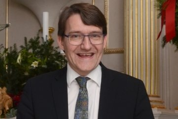 Wird am Sonntag in Treuen verabschiedet: Pfarrer Jan Peter Becker. Der 53-Jährige wechselt nach Bad Lausick.