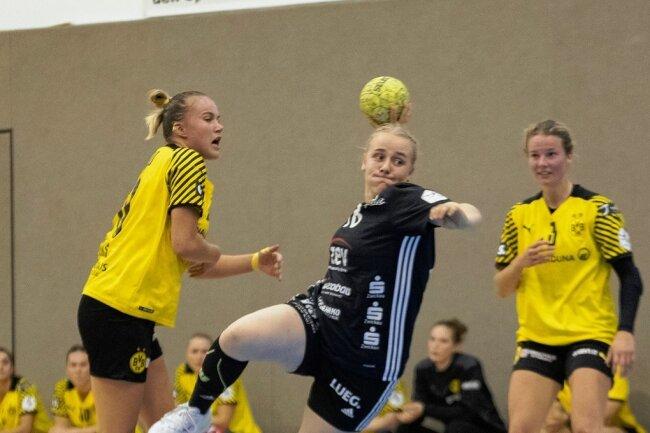Die im Vorjahr von der Dortmunder A-Jugend zum BSV gewechselte Kreisläuferin Carlotta Fege trifft gegen ihren Ex-Verein.