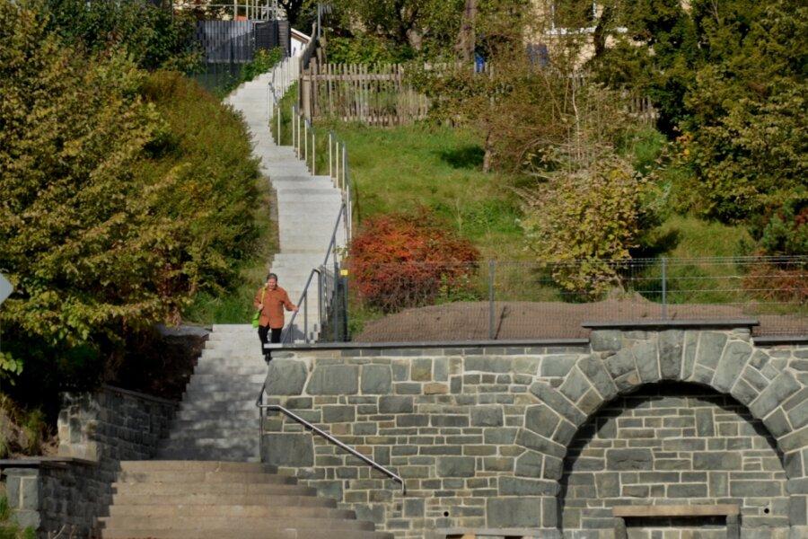 Treppenanlage fertig gestellt