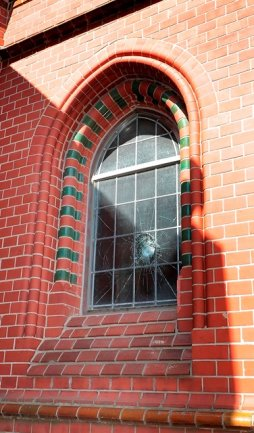 Die Schäden in der verwüsteten Markuskirche werden auf eine fünfstellige Summe geschätzt.