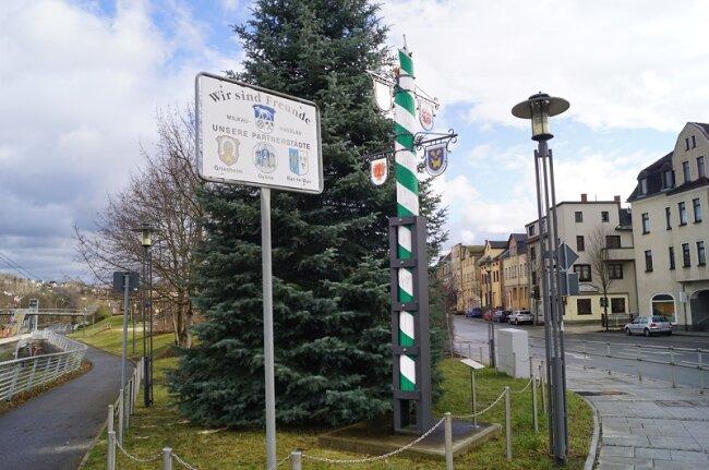 In Wilkau-Haßlau wurde der 2013 errichtete Gewerbebaum vom Sturm beschädigt.
