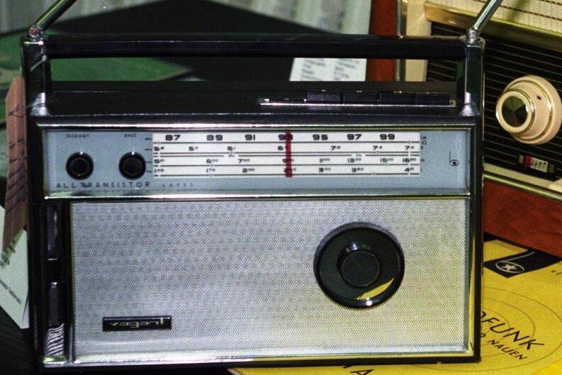 Das UKW-Radio sendet weiter