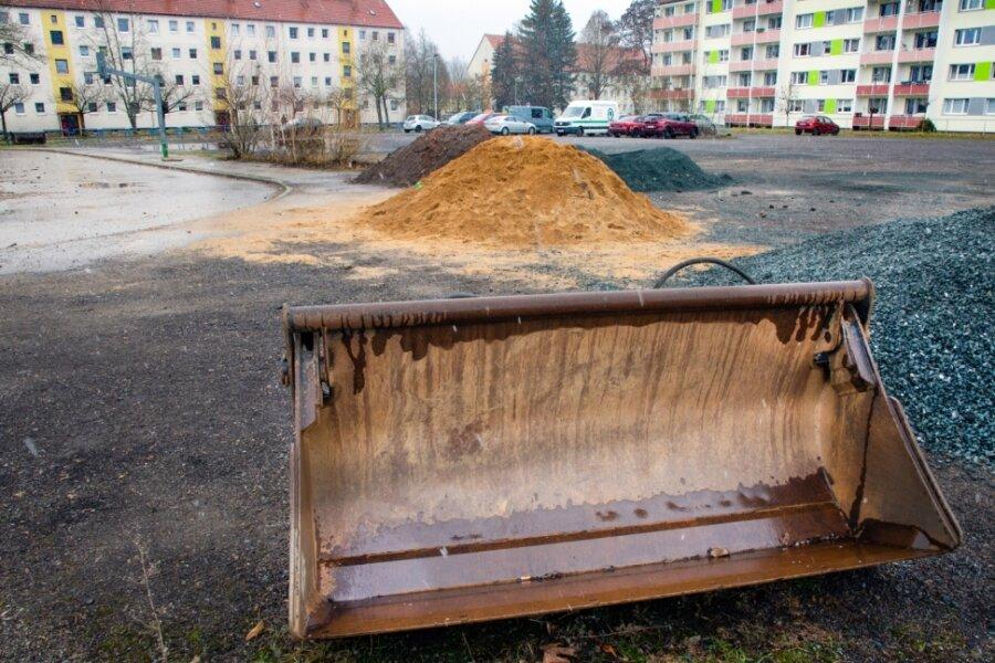 Der Festplatz an der Lessingstraße ist vor allem Lagerplatz und Parkplatz. Das könnte sich schnell ändern.