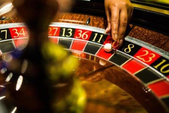 Vorwurf gegen Spielhallen-Betreiberin: Unerlaubtes Glücksspiel