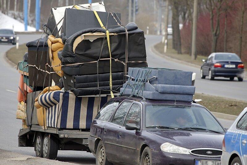 Dieser Möbeltransport wurde am Montag in Chemnitz gestoppt.