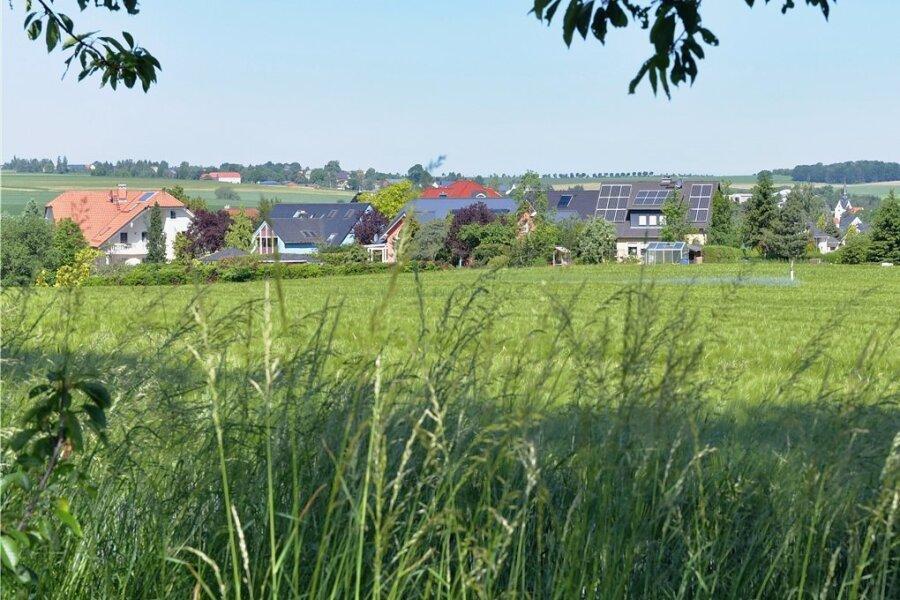 """Neben dem Wohngebiet """"Am Hasenborn"""" in Großschirma ist laut dem Entwurf des Flächennutzungsplans in Richtung Freiberg noch ein weiteres Wohngebiet geplant."""