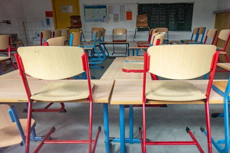 Corona-Lage in Mittelsachsen: Wie sich das Virus an Schulen ausgebreitet hat