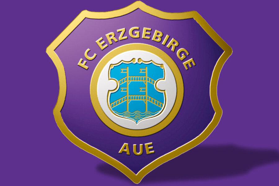 Auer Fußballer vor «Alles-oder-Nichts»-Spiel in Regensburg