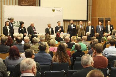 Ministerpräsident Kretschmer beim Sachsengespräch in Plauen.