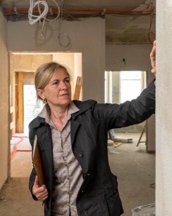 Simone Pfeifer freut sich, mit dem Umbau der früheren Asylunterkunft ein Projekt in Rochlitz umzusetzen.