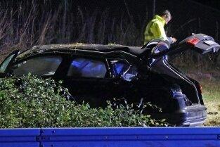 Unfall auf der A 4: Lange Zeit war nur eine Fahrspur frei.