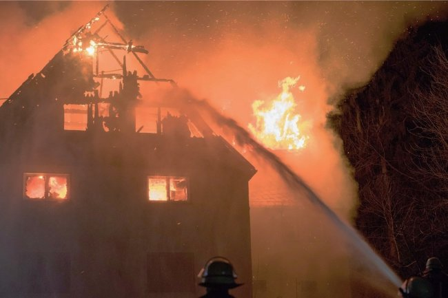 Am 19. Februar gegen 1.15 Uhr kam es in Zethau zu einem schweren Hausbrand.