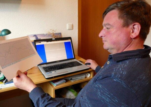 """Dirk Christoph aus Olbernhau (l.) und Jens Weißbach aus Dittersdorf sind den """"Freie Presse""""-Lesern in der Region seit vielen Jahren als Wetterexperten bekannt."""