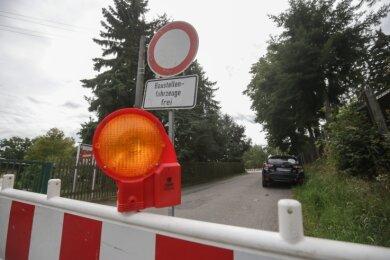 Seit nunmehr vier Wochen ist die Lichtenauer Straße in Ebersdorf voll gesperrt. Besonders Anwohner sind betroffen.