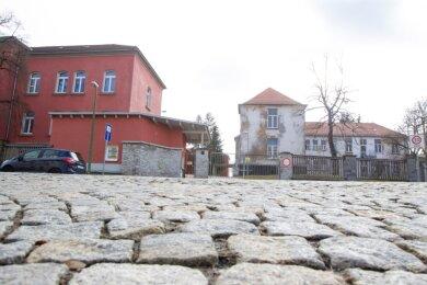 Die Asylunterkunft des Vogtlandkreises in Plauen an der Kasernenstraße: Im März wurde dort bereits sechsmal gezündelt. Die Brandstifter sind bislang nicht überführt worden.