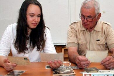 Kirsten Wurche und Siegfried Saupe haben die Ausstellung gemeinsam zusammengestellt.