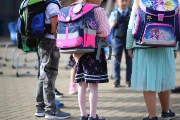 Wer leichte Erkältung hat, darf zur Schule