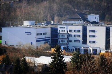 Die Uhr tickt: Ende 2022 will Beiersdorf das Florena-Werk im mittelsächsischen Waldheim schließen. Die 250 Mitarbeiter sollen in eine neue Fabrik im Norden Leipzigs umziehen. Damit endet dann auch die traditionsreiche Florena-Produktion in Sachsen.