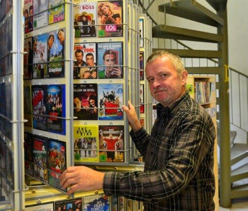 Mit Webers Video-Verleih in Mittweida - hier Inhaber André Weber - hat am Freitag die letzte Videothek Mittelsachsens geschlossen.