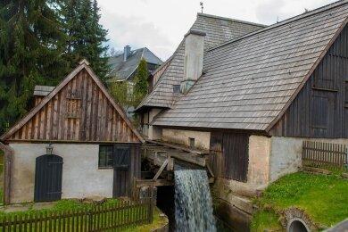 Der Frohnauer Hammer in Annaberg-Buchholz gehört zu den bekanntesten Welterbe-Objekten im Erzgebirge. Ein neues Welterbezentrum auf dem Gelände sollte das unterstreichen. Nun kommen die Pläne noch einmal auf den Prüfstand.