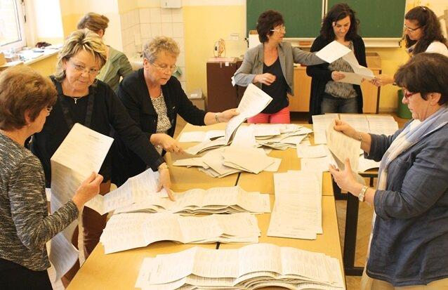 Wahllokal in der Schönheider Oberschule.