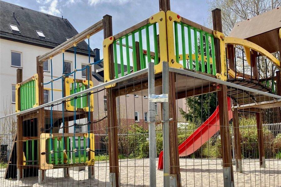 Der Spielplatz an Mittel- und Wasserstraße in Neustadt ist in Teilen gesperrt. Nun soll die Kletteranlage erneuert werden - wie das gesamte Areal.
