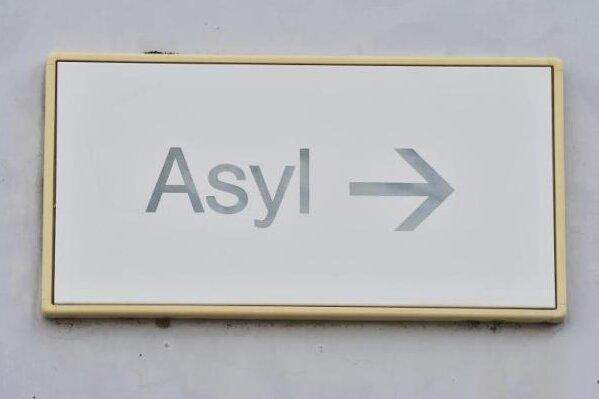 Asyl: Sachsen schließt Heime für Erstaufnahme