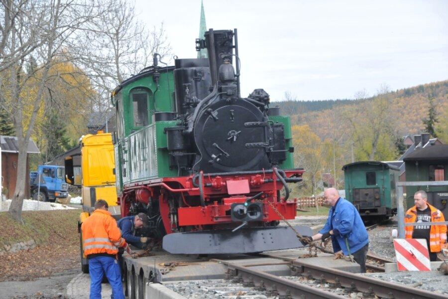 Historisches Dampfross aus Radebeul unternimmt im Erzgebirge Testfahrten