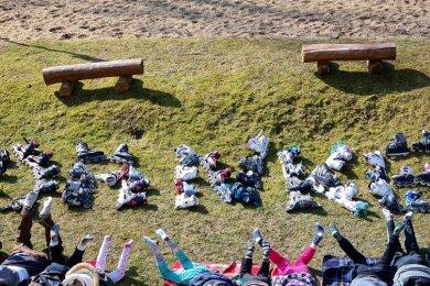 Ein großes Danke, gelegt aus Inlineskatern, dokumentiert die Aktion für das Erlbacher Kinderheim Tannenmühle.