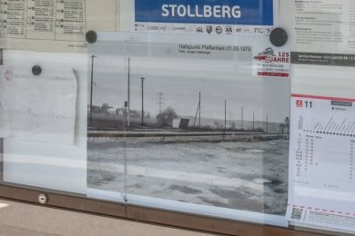 So sah es am Haltepunkt Pfaffenhain in früheren Zeiten aus. Noch einige Tage sind die historischen Fotos zu sehen.