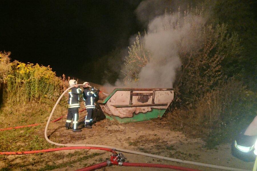 Erneuter Brand auf Firmengelände