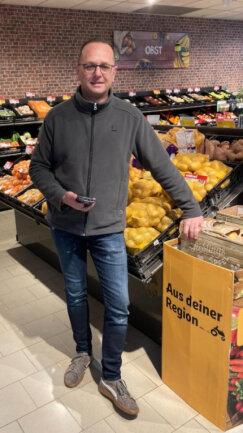 Martkinhaber Thomas Sachse freut sich auf Ihren Besuch und Einkauf im nahkauf Geringswalde.