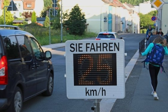 Die meisten Fahrzeugführer hielten sich an die vorgeschriebene Höchstgeschwindigkeit von 30 km/h.