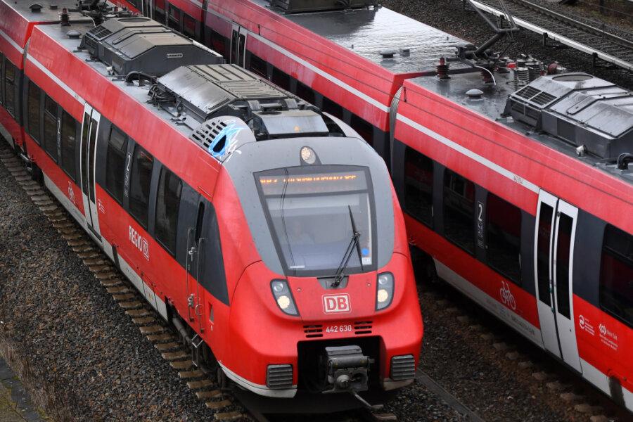 Städtenetz schlägt wegen gestrichener Bahnlinien Alarm