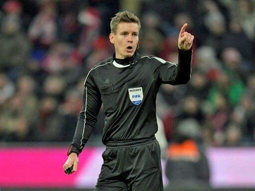 UEFA: Daniel Siebert steigt in die First Category auf