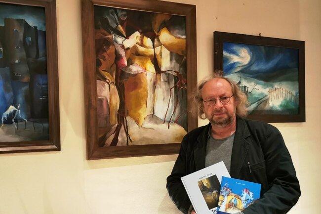 Matthias Zwarg hat die Laudatio zur Ausstellung mit Bildern seiner vor drei Jahren verstorbenen Frau gehalten.