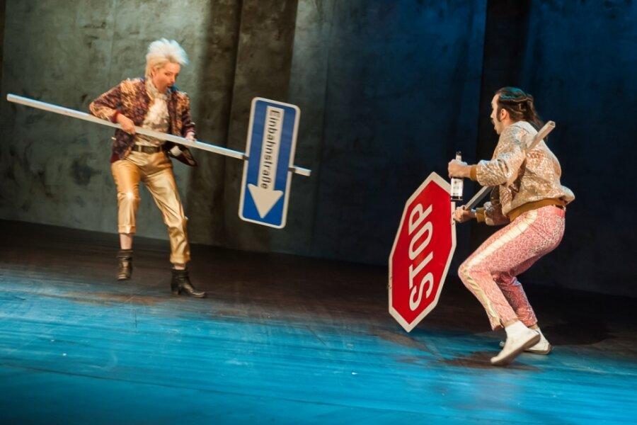 Schwarze Shakespeare-Komödie hat am Samstagabend Premiere