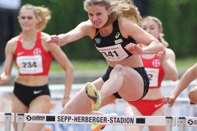 Athletin Anne Weigold blieb bei der Kurpfalz-Gala in Weinheim mit 13,36 Sekunden nur acht Hundertstel hinter ihrer Bestzeit zurück.