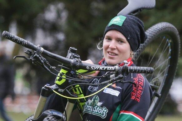 Ingo Berbig - Daniela Storch startet für den RSV Chemnitz. Sie bestreitet jährlich bis zu sechs extrem schwere Mehrtagesrennen in verschiedenen Ländern.
