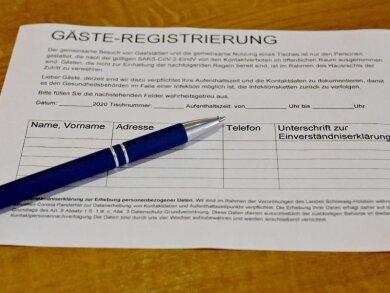 Um die Nutzung der Gäste-Registrierungen in Gaststätten ist eine Diskussion entbrannt.